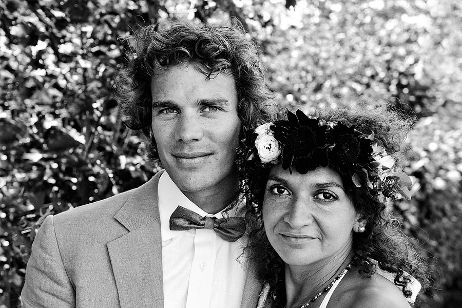 green-wedding-portrait